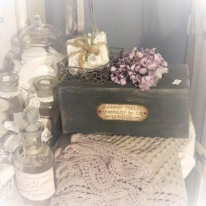 Kosmetikrücherbox