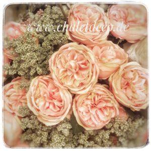 Rose-Vintage-Chalet-Deco