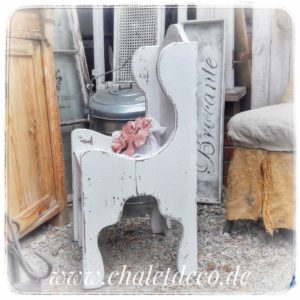Kinderstuhl-Holz-Vintage